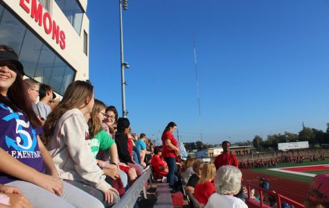 Band students watch Pride of Oklahoma