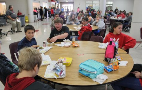 Seventh grade lunch seating chart shouldn't reflect entire class
