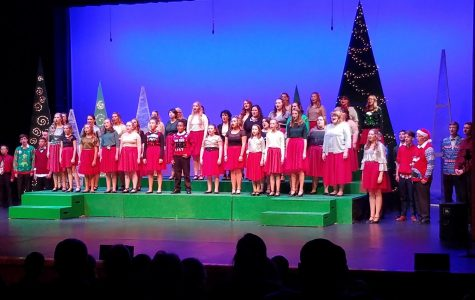 DMS students perform in 'Sketches of Christmas'