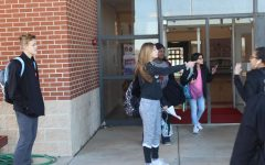 DMS students prepare to leave Thursday after learning about Friday's school closure.