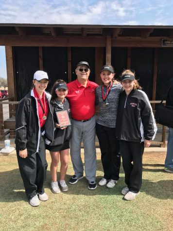 Golf teams place in first tournament