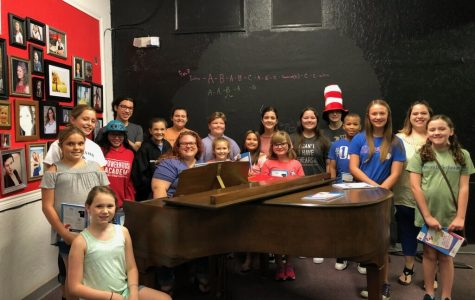 DMS students participate in DLT's 'Seussical'