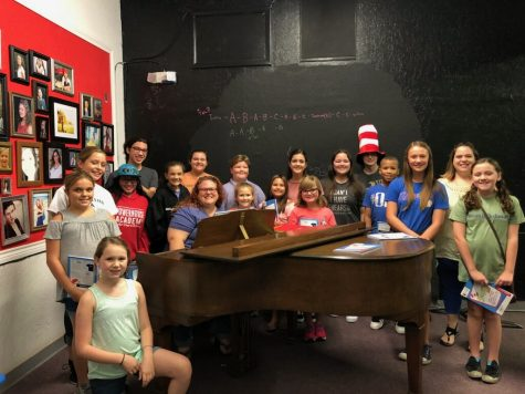 Goldberg plays special concert for DMS choir, band students