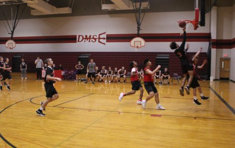 Eighth-grade basketball plays first scrimmage