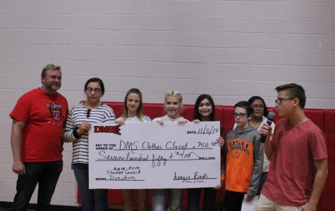 Student council donates funds to clothes closet
