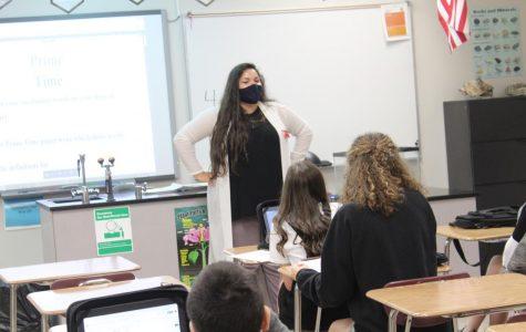 Hollie Johnson talks to her class.