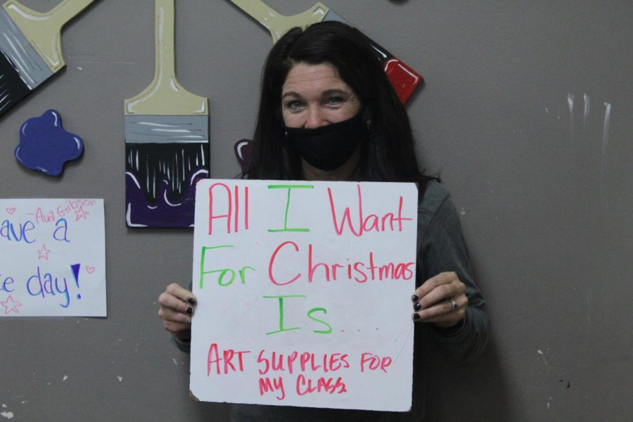 Art teacher Shelly Farrar has a big wish for her art class.