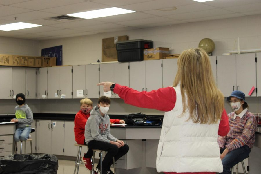 Stacy Smith leads January's Education Station program in the Duncan Middle School science lab.